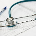 Jak przebiega wizyta u urologa?